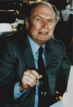 Der Gründungsvorsitzende Dr. Linnfeld